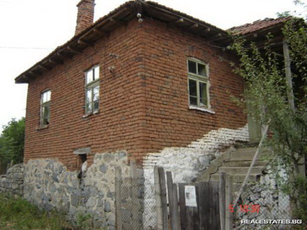 Дешевый дом в Болгарии