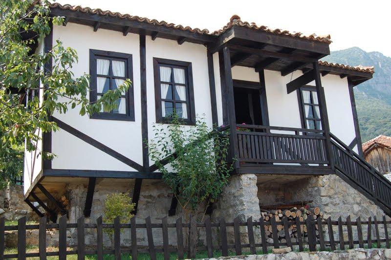 Сельский домик в Болгарии