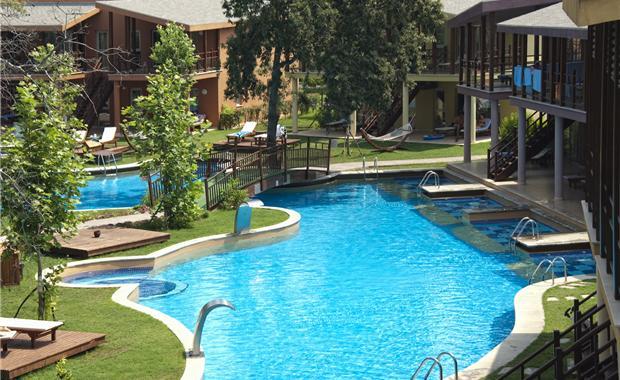 Особенности ухода за бассейном в Болгарии