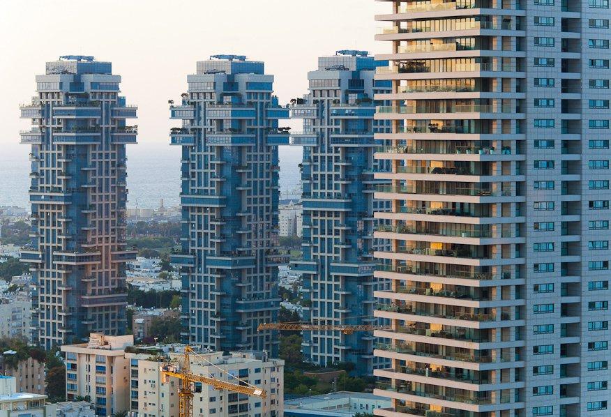 Жилье в России. Как купить квартиру безопасно